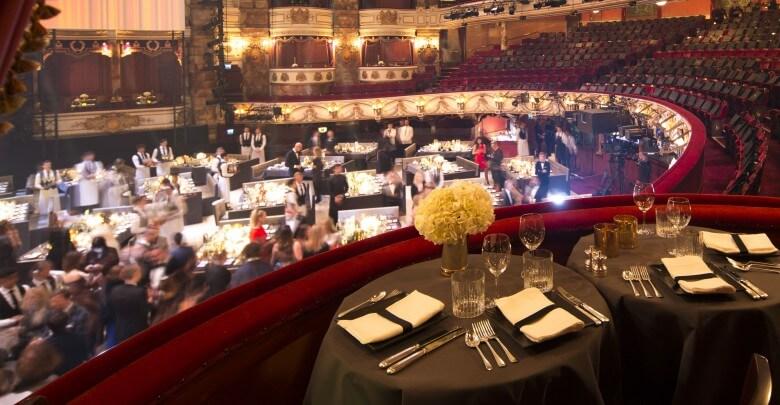 The London Coliseum auditorium during the British Fashion Awards 2015, in partnership with Swarovski (Agnese Sanvito, British Fashion Council) 1