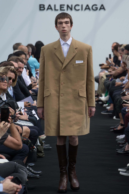 cc14153f23dc Balenciaga  Menswear SS17