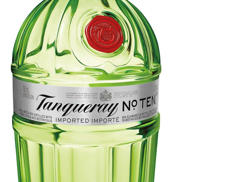 Tanqueray No. TEN Close up