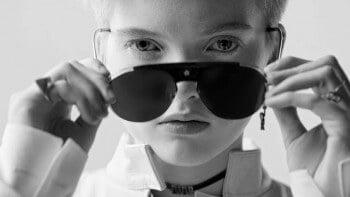poster_diortv_lunettes_diorevolution_0