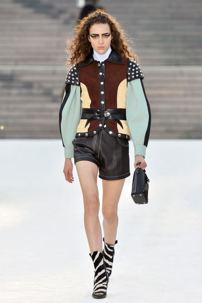 Louis Vuitton Cruise 2018 13