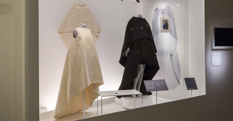 balenciaga-shaping-fashion-v-a-design-clothing-uk-london_dezeen_2364_col_44