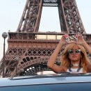 rihanna-eiffel-tower-2013-3-1
