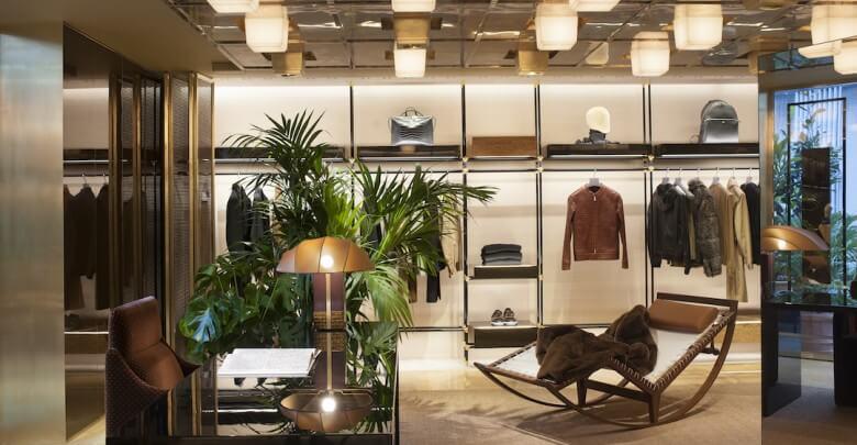 13_FENDI Sloane Street boutique_first floor menswear area