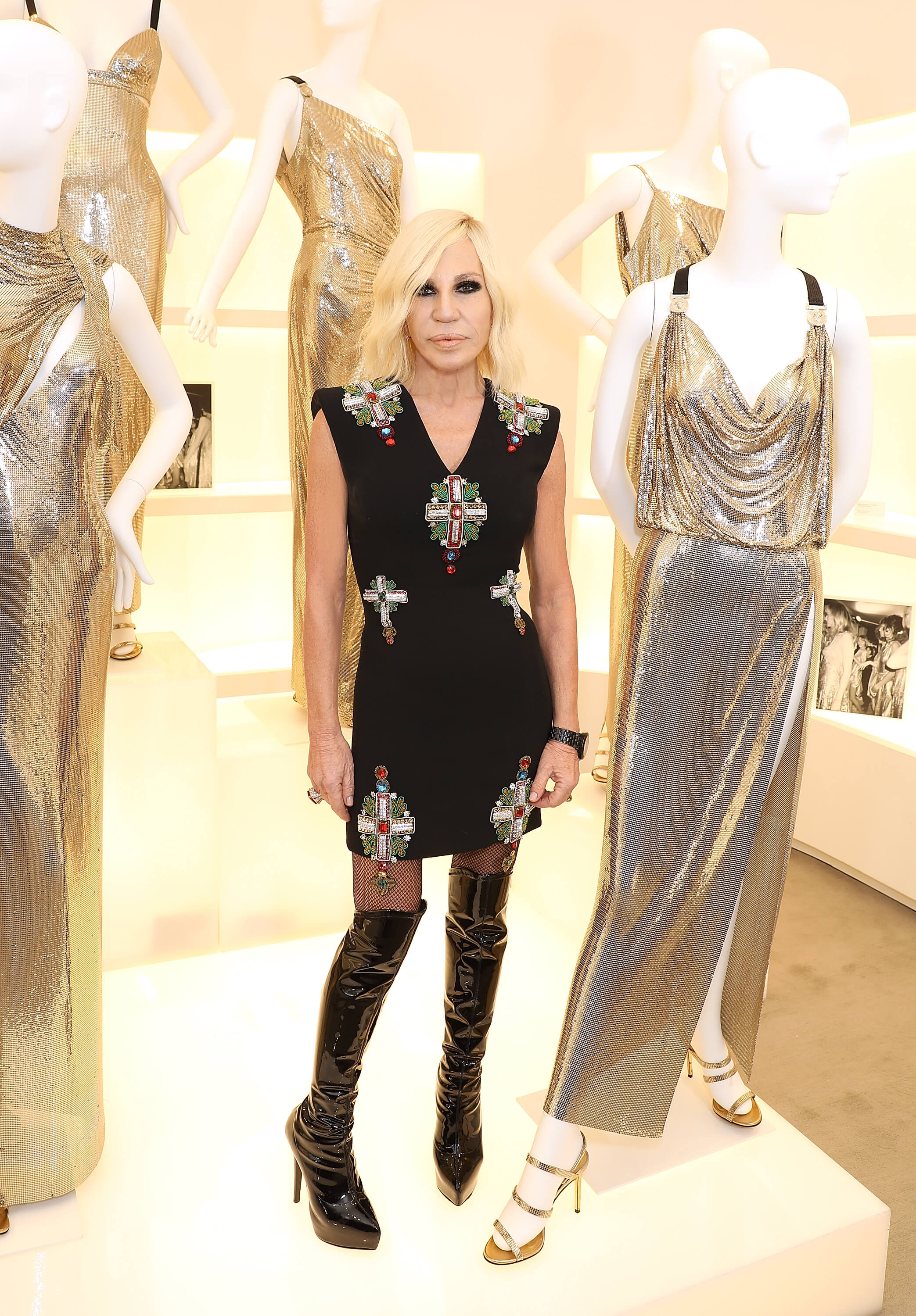 LONDON, ENGLAND - DECEMBER 05:  (EDITORS NOTE: This image has been retouched at the request of the client) Donatella Versace attends the Versace Boutique Opening on Sloane Street on December 5, 2017 in London, England.  (Photo by Darren Gerrish/Darren Gerrish/WireImage) *** Local Caption *** Donatella Versace
