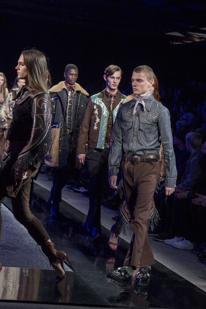 AW18M-DSquared-039