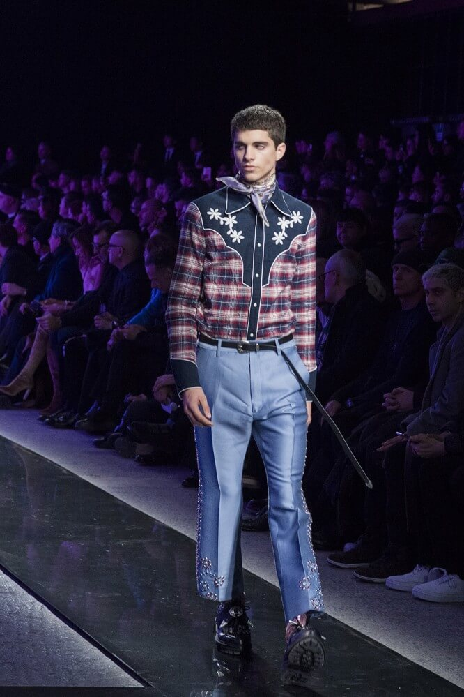 AW18M-DSquared-093