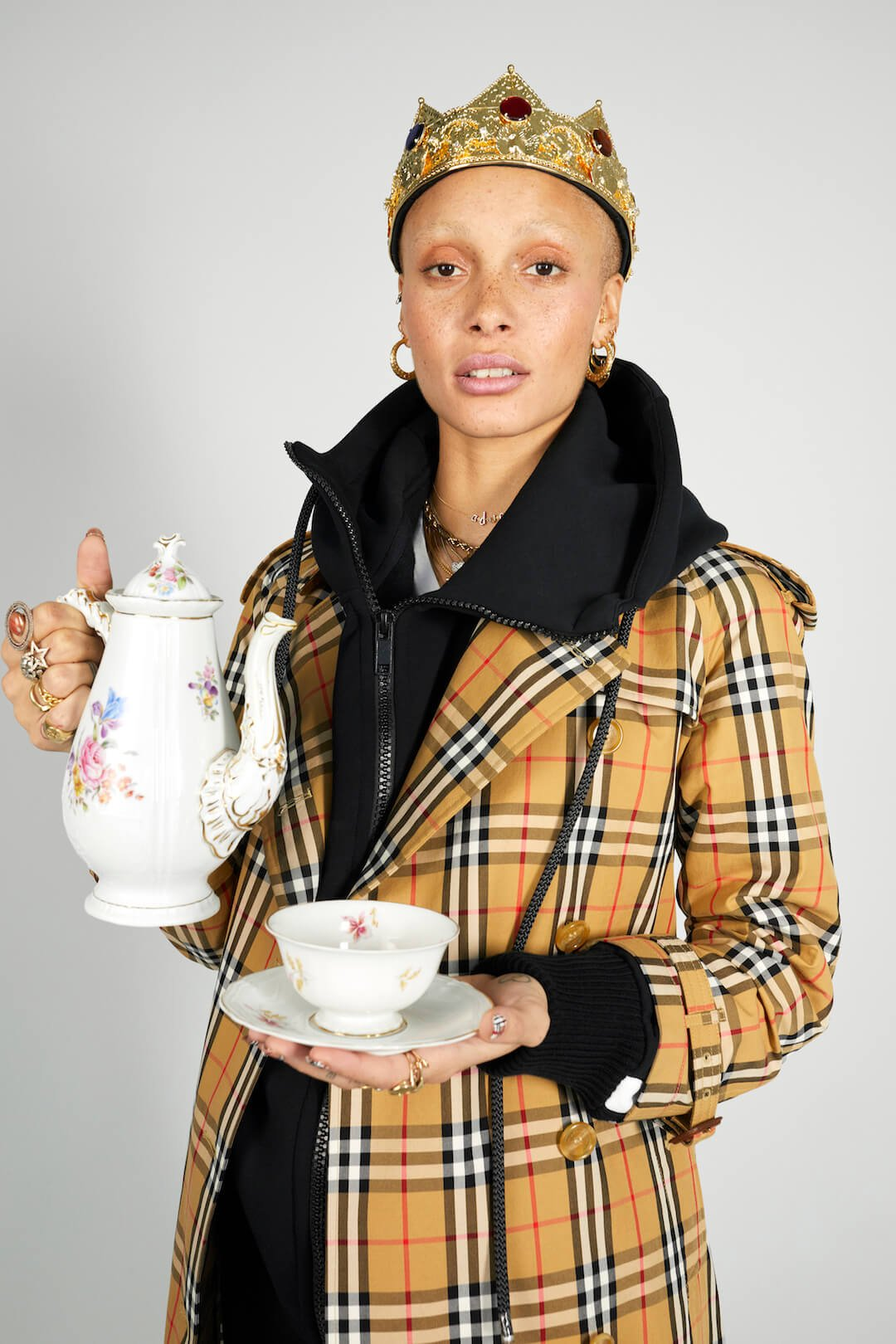 Adwoa Aboah photographed by Juergen Teller for Burberry c Courtesy of Burberry_Juergen Teller_002
