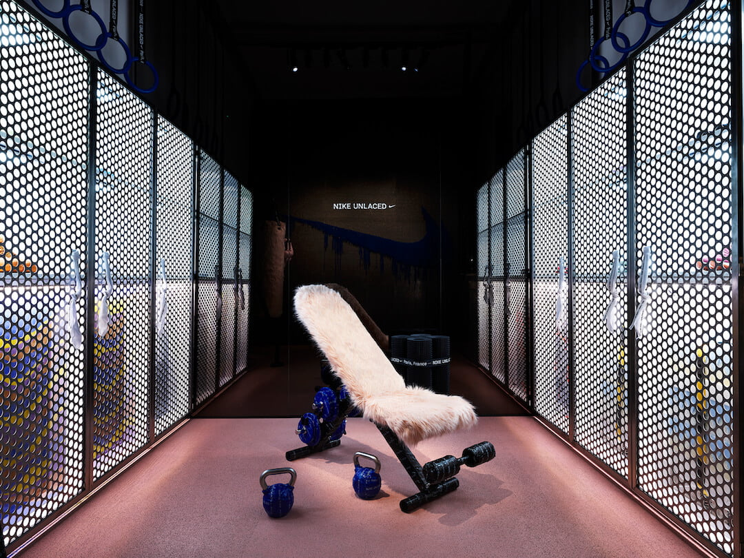 NIKE_UNLACED_Interior_06_Locker