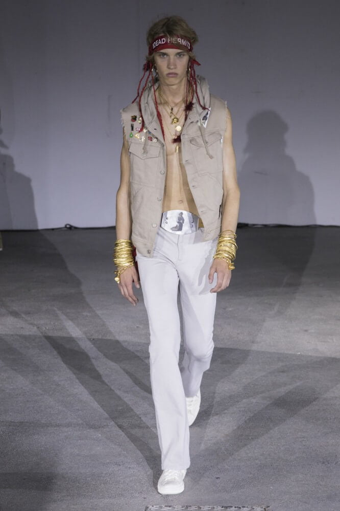 Undercover_SS19_Look_01
