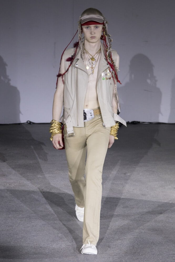 Undercover_SS19_Look_02
