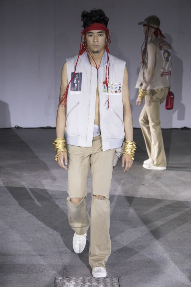 Undercover_SS19_Look_05
