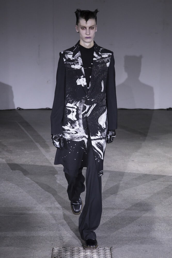 Undercover_SS19_Look_08