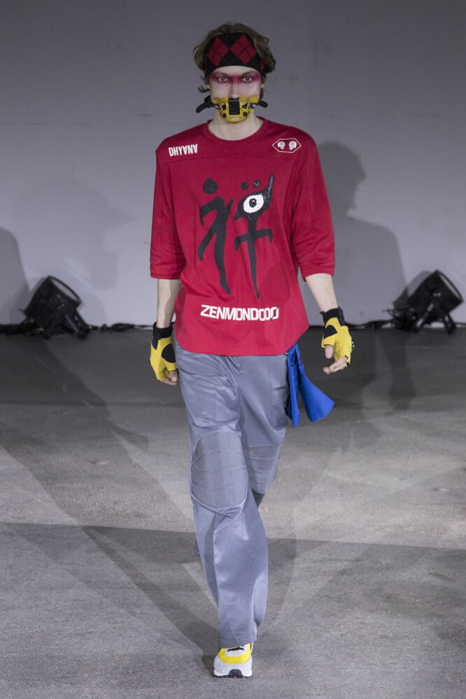 Undercover_SS19_Look_26