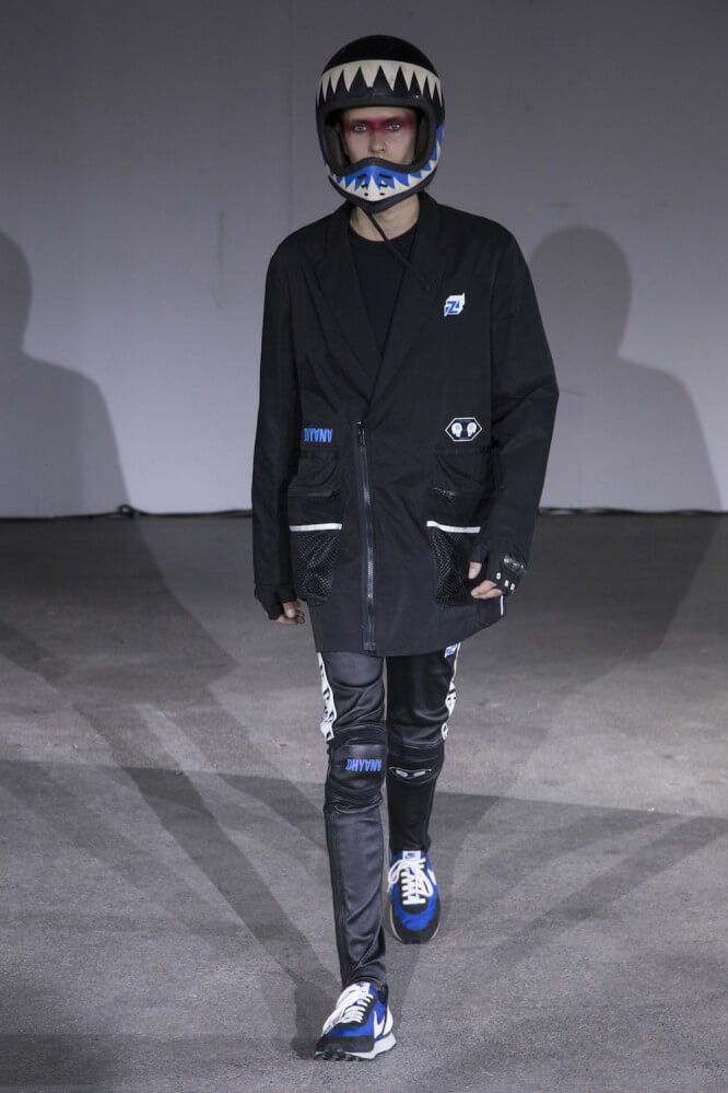 Undercover_SS19_Look_27