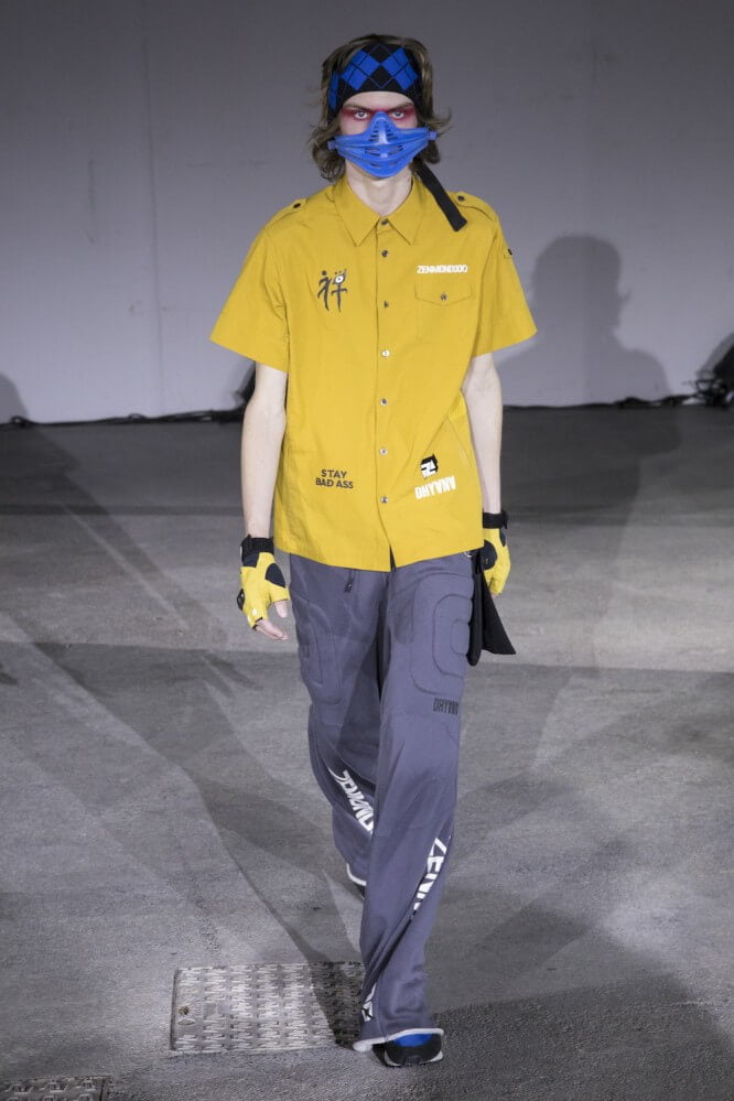 Undercover_SS19_Look_28