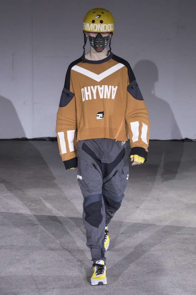 Undercover_SS19_Look_30