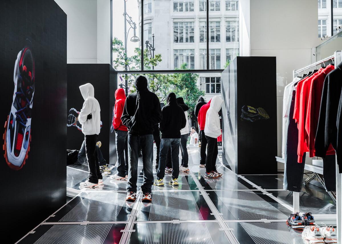SELFRIDGES Balenciaga in the Corner Shop September 2018 (12)