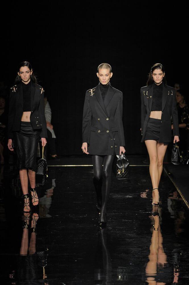 Versace_Runway_Runway_00024