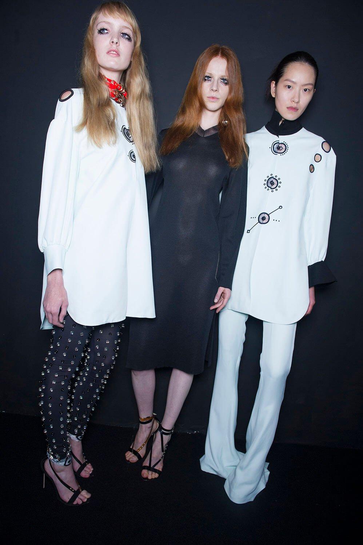 Thomas Tait: Ready-To-Wear SS16 Fashion Show