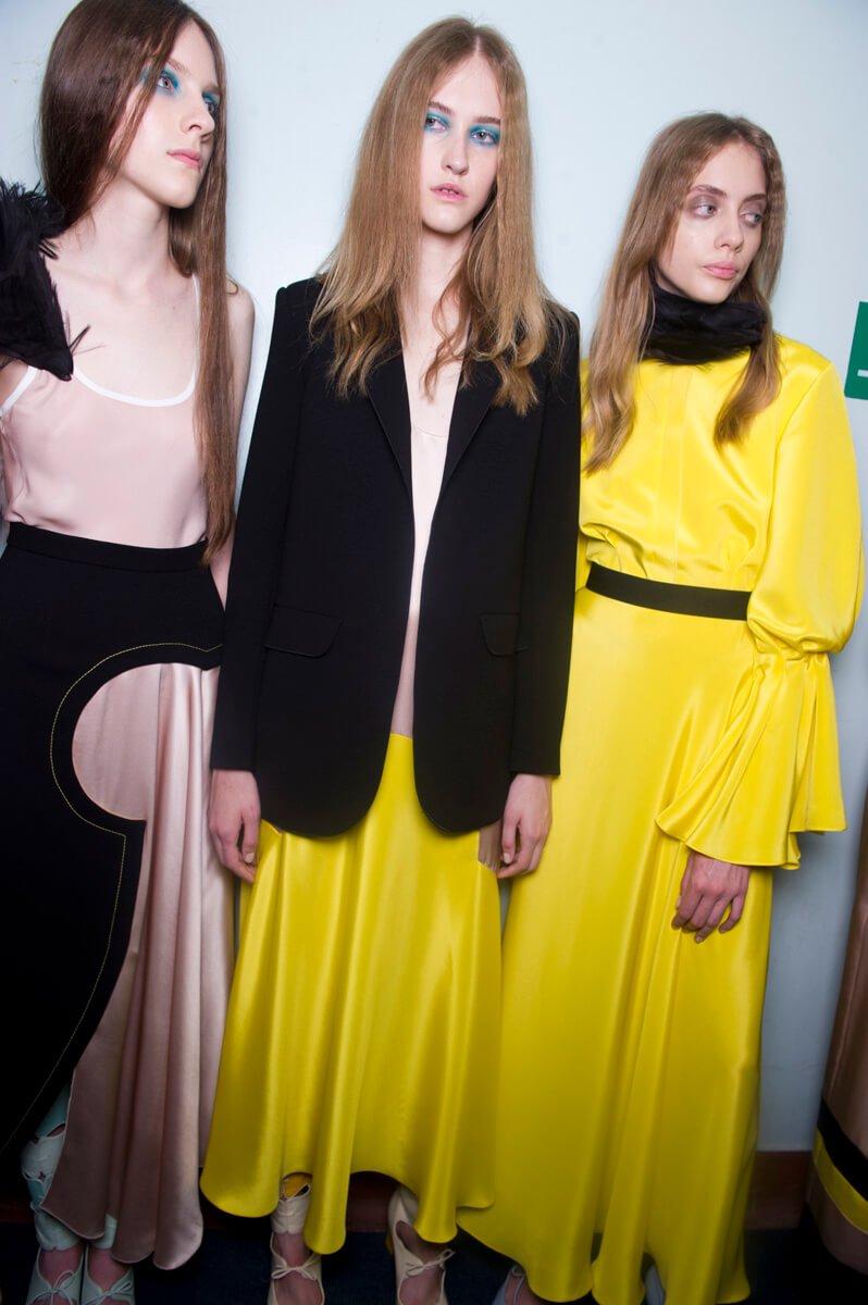 Roksanda: Ready-To-Wear Fashion Show SS16