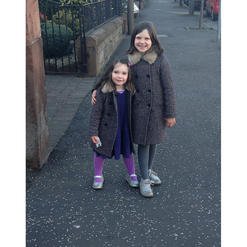 My Family and other Hormones: Laura Craik Writes About Sister Love