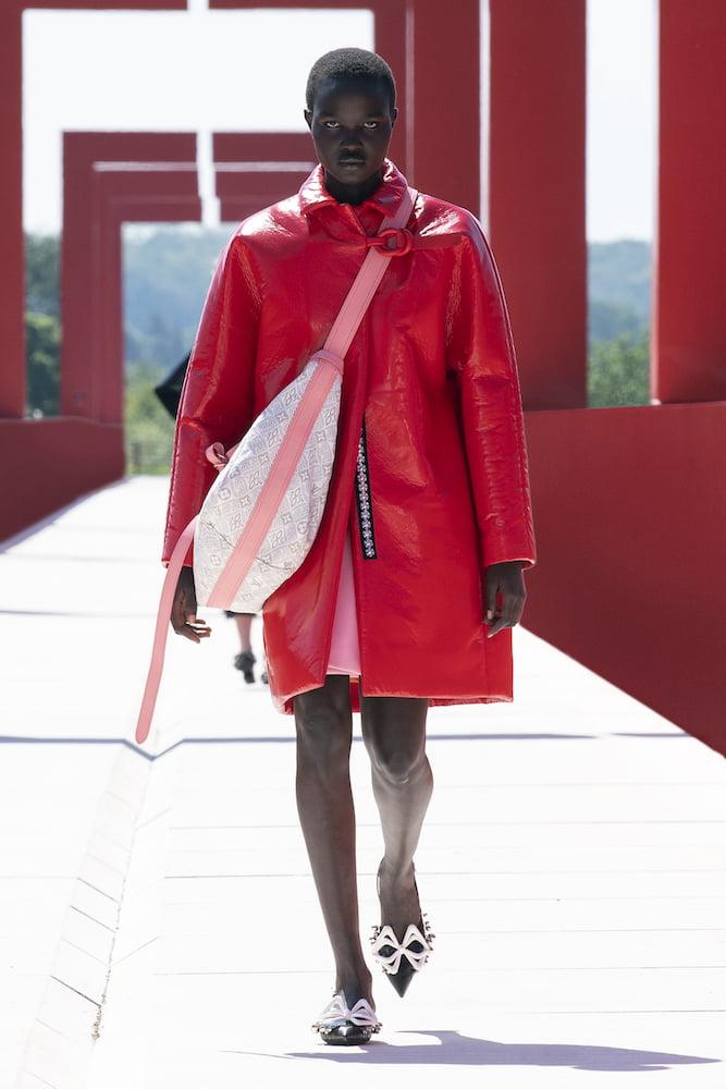Louis Vuitton: Cruise 2022