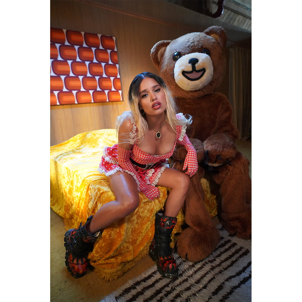 10 Questions with Tommy Genesis, as She Releases her New Album 'Goldilocks x'